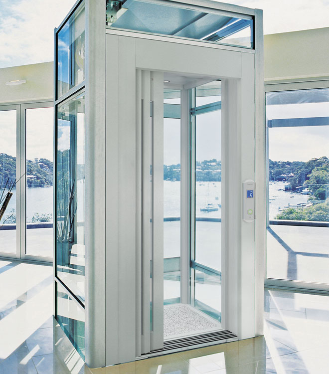 Luxury home elevators and italian design for Luxury homes with elevators